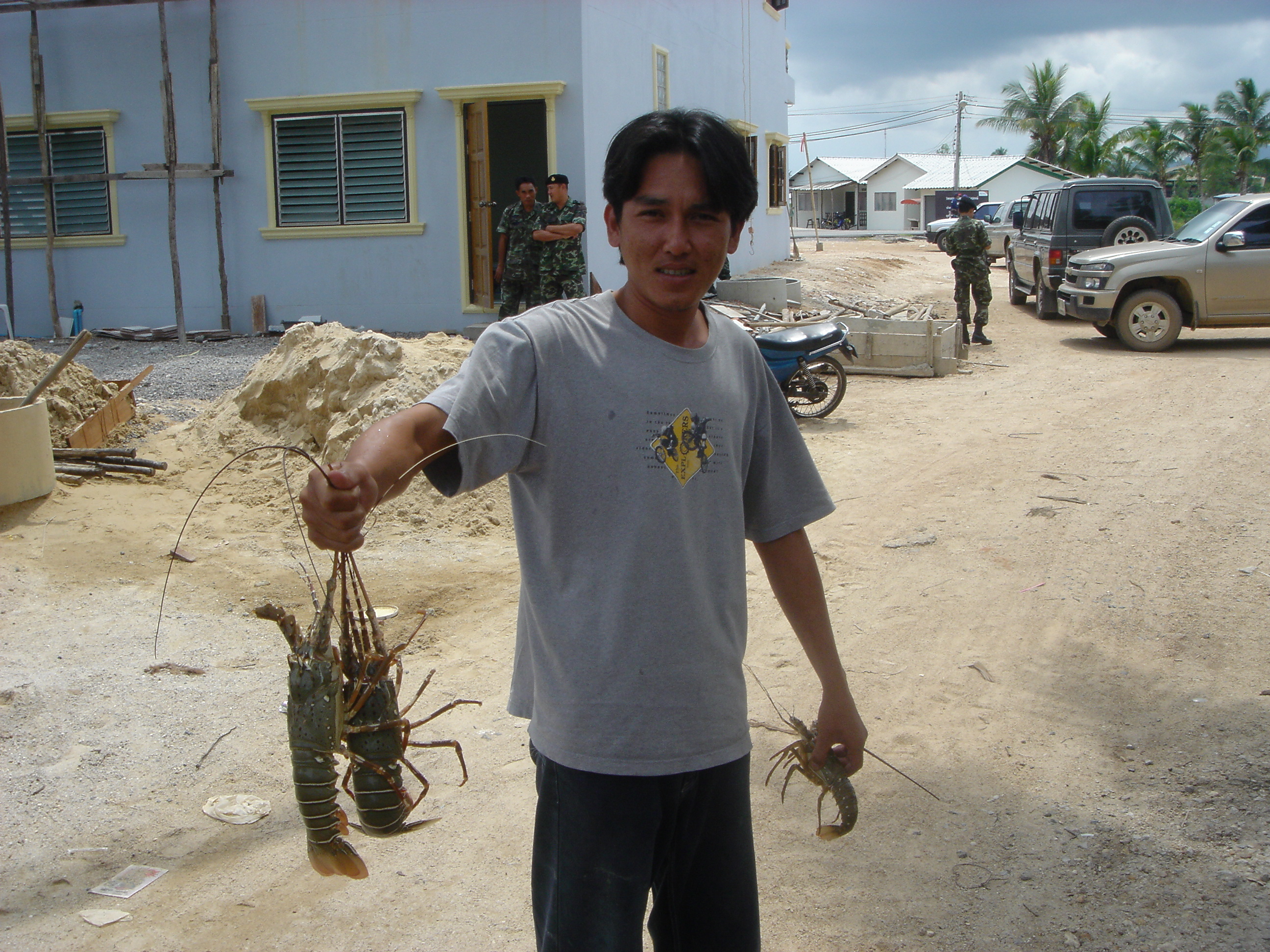 2005oct15_fishingvillage_047.jpg