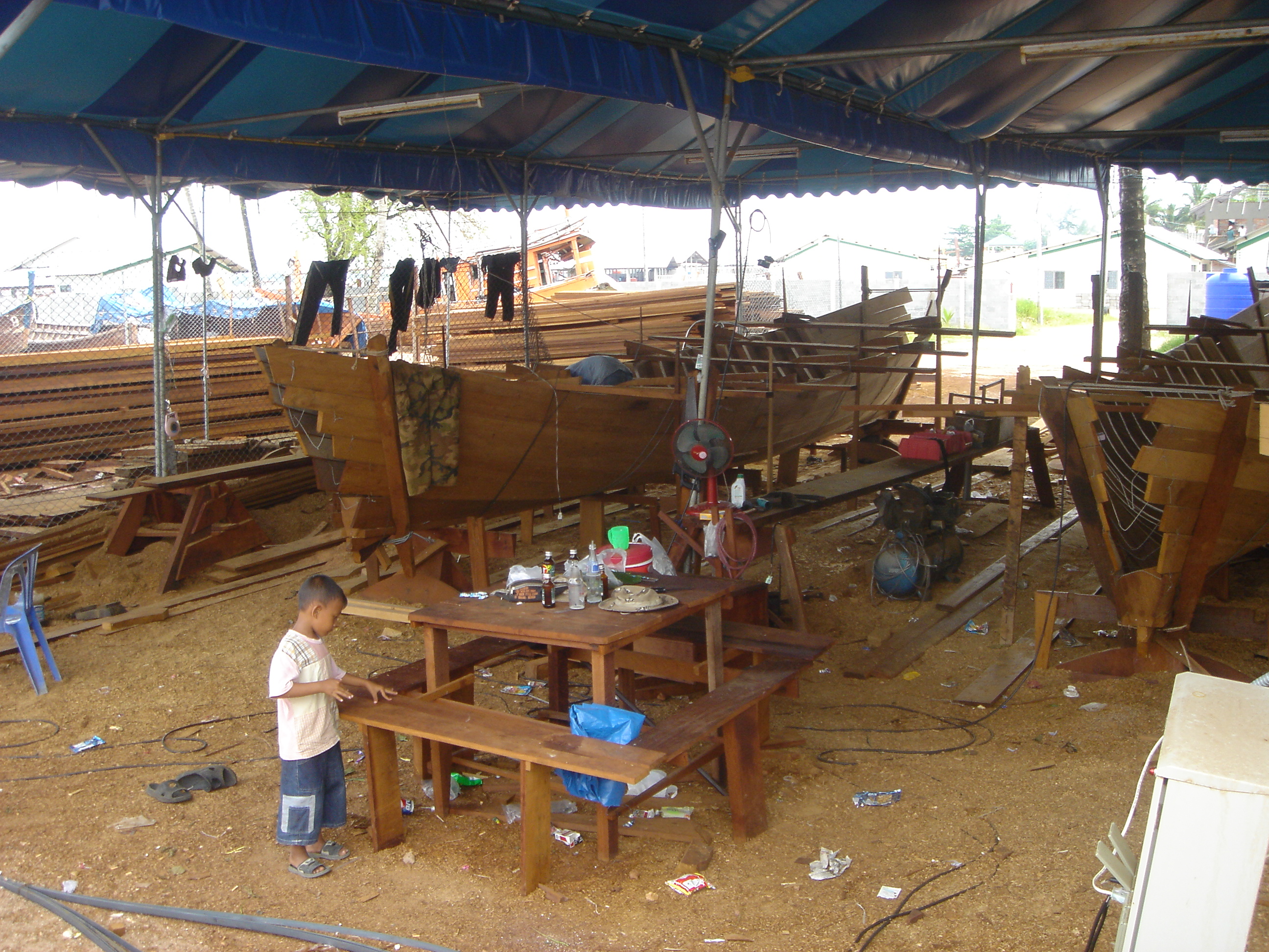 2005oct15_fishingvillage_022.jpg