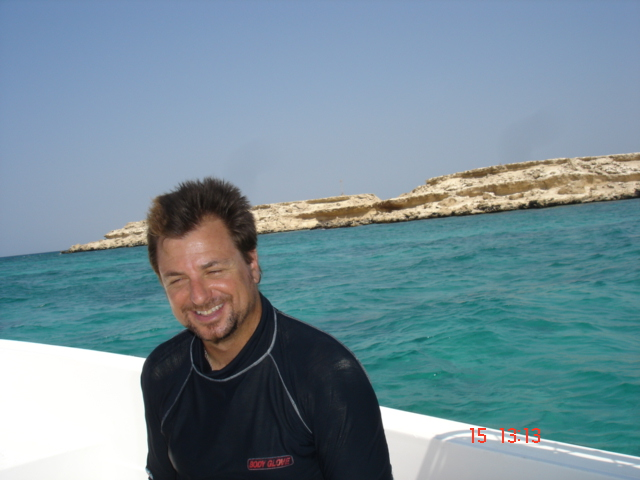 wernermischlerpics 152.jpg - David Lennon, Reef Ball trainer.